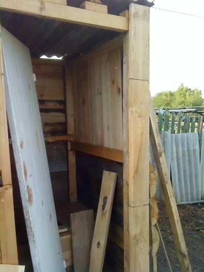 Дверь для туалета
