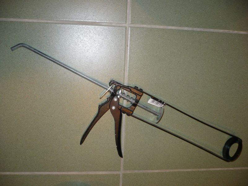Пистолет для использования герметика